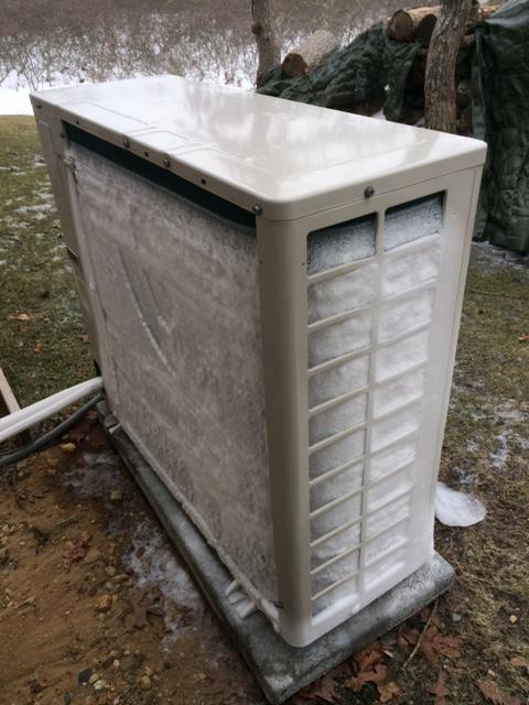 Minisplit condenser frost